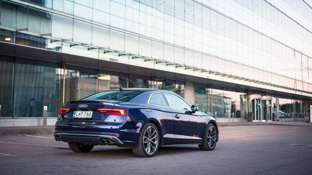 Koeajo: Audi S5 Coupe – voiman ja tyylin tasapaino