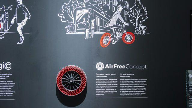 Bridgestone AirFreeConcept
