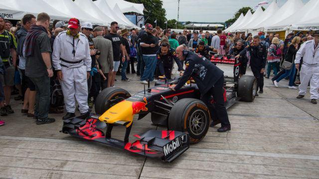 Porsche pohtii: F1-moottorivalmistajaksi 2021