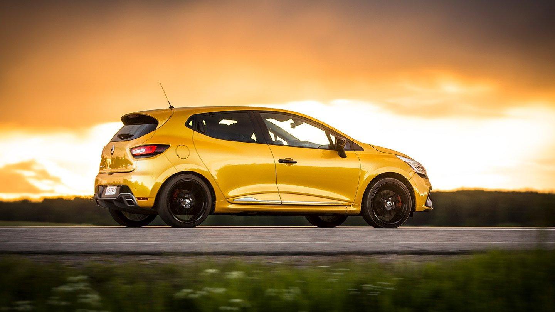 Renault Clio Rs >> Koeajo Renault Clio Rs Tce 200 Onko Edeltajiensa Tasoa
