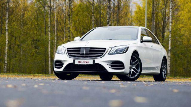 Koeajo: jalostettu johtaja – Mercedes-Benz S 400 d 4Matic