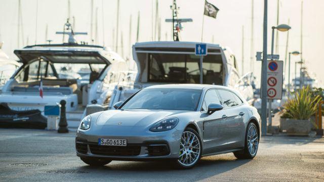Koeajo: Porsche Panamera 4 E-Hybrid Sport Turismo – farkkuna fantastinen