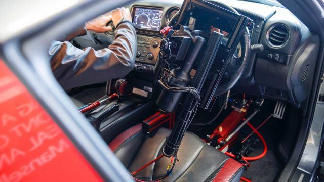 Kahtasataa Pleikkarin ohjaimella – kauko-ohjattava Nissan GT-R