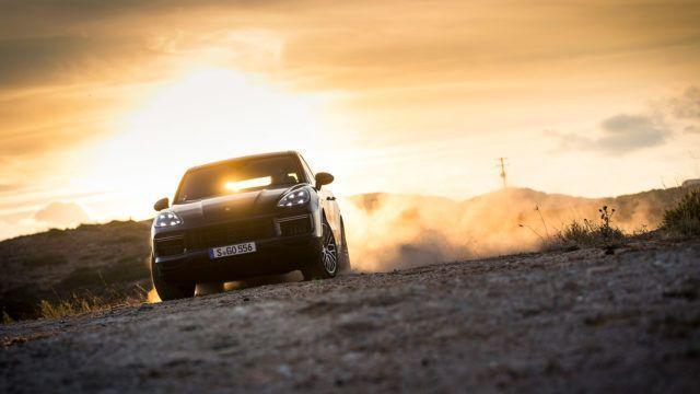Koeajo: Porsche Cayenne – poikkeuksellisen kyvykäs