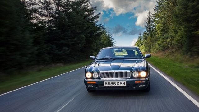 Jaguar / Daimler Six X300