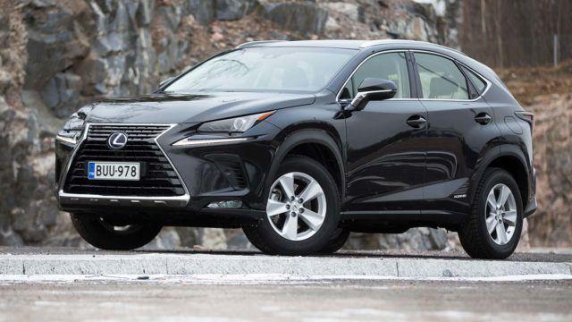 Koeajo: ladattu ja päivitetty – Lexus NX 300h