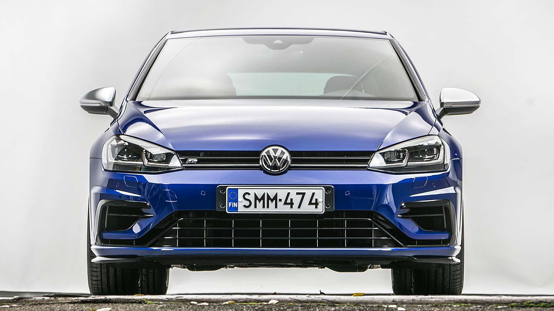 2018 Golf R >> Koeajo Volkswagen Golf R Ja 4 917 Euroa Titaanipakoputkistoa