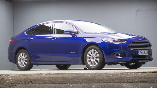 Koeajo: Ford Mondeo 2.0 Hybrid –  sinusta on tullut keski-ikäinen