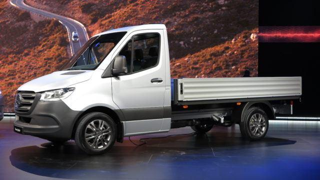 Mercedes-Benz Sprinter mersu paku