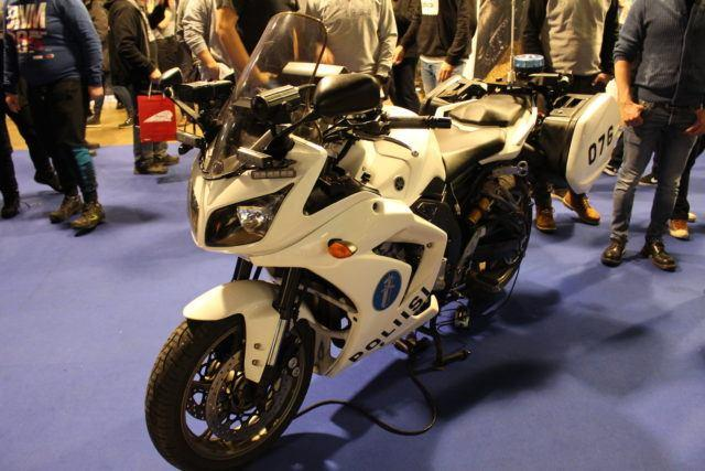 Uuden poliisipyörän proto on tulevaisuuden täsmätyökalu