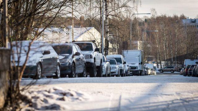 Luminen auto