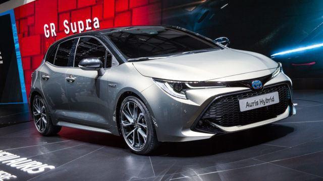 Toyota Auris 2018 Geneve hybridi