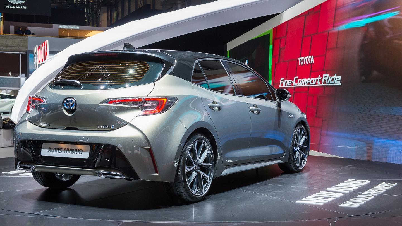 Uusi Toyota Auris