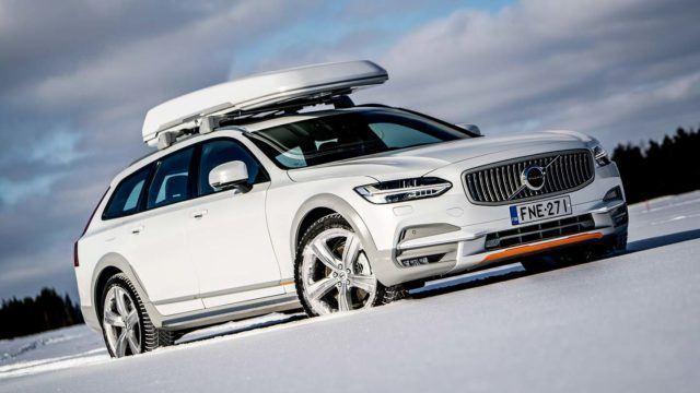 Koeajo: Volvo V90 Cross Country – erottuva erikoismalli