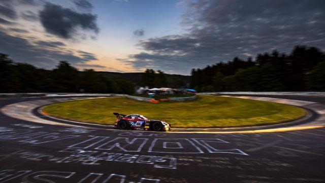 Nürburgring 24h: mistä, miten ja ketä kannustaa?