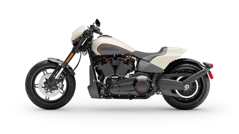 Harley Davidson Fxdr 114 Power Cruiser: Anteeksipyytelemätön Power Cruiser