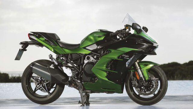 Koeajo: Lähes täydellinen – Kawasaki Ninja H2 SX SE