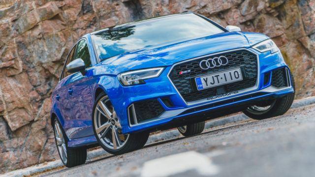 Koeajo: 100 hevosvoimaa per ovi – Audi RS 3 Sedan