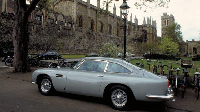 Aston Martin DB5 'Bond'