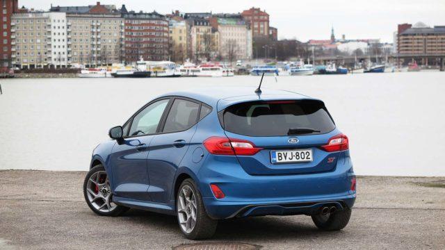 Koeajo: kuljettajan nuorentaja – Ford Fiesta ST