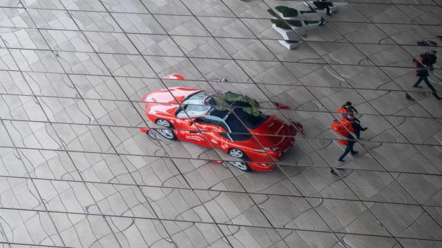 Porsche toivottaa hyvää joulua