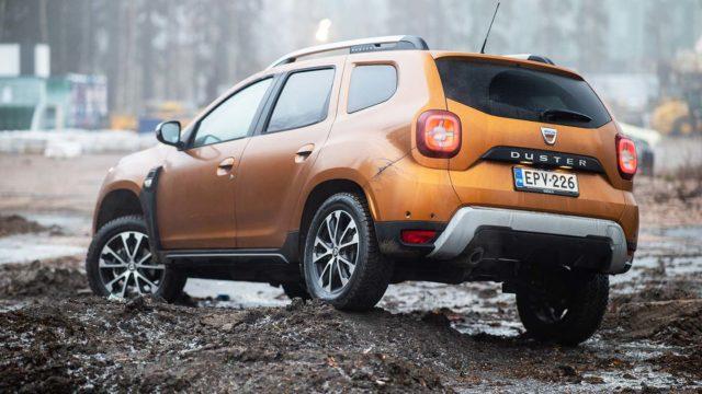 Koeajo: neliveto nuukalle – Dacia Duster SCe 115 4x4