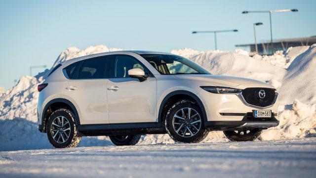 Koeajo: Mazda CX-5 2.0 Skyactiv-G 6AT – Mikä on nelivedon hinta?