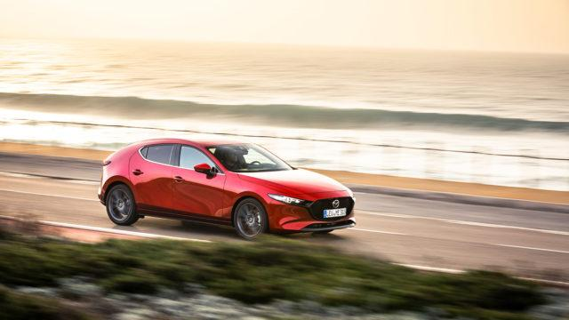 Koeajo: Mazda 3 Hatchback – Komea ja vaivaton perheauto saa odottamaan syksyä