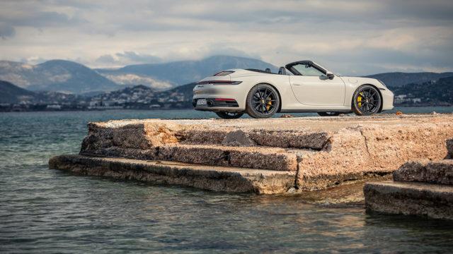 Koeajo: Vain katto puuttuu – Porsche 911 Carrera 4S Cabriolet
