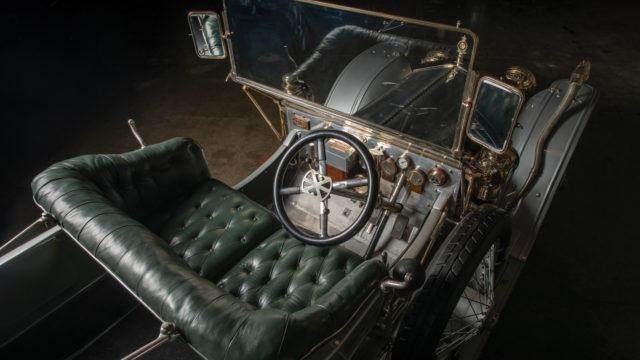 1909 Rolls-Royce 40/50 HP Silver Ghost Roi-des-Belges ohjaamo