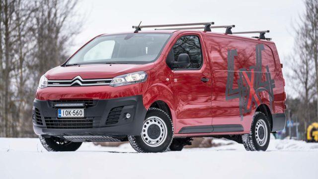 Koeajo: pari lisäkantajaa apuun – Citroën Jumpy 4x4