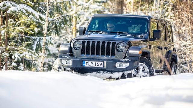 Koeajo: Jeep Wrangler Unlimited – Maasturi, ei katumaasturi