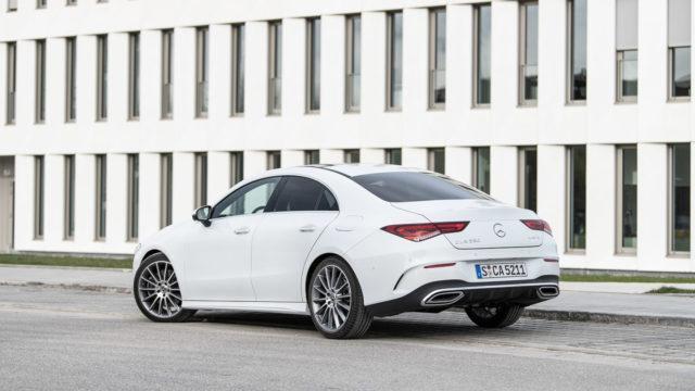 Mercedes-Benz CLA hinta