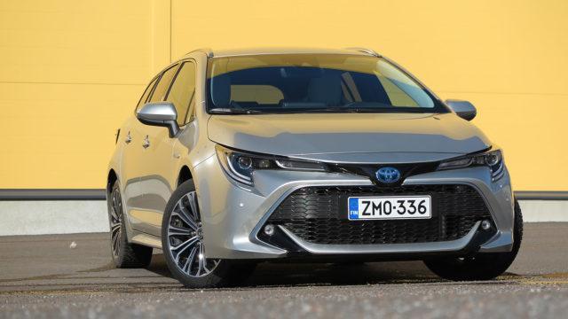 Koeajo: legendan paluu – Toyota Corolla Touring Sports
