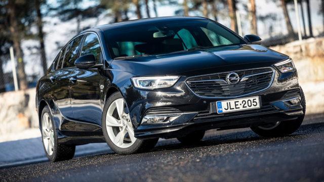 Koeajo: Opel Insignia 200 hv Turbo A – miksi näitä ei osteta enempää?