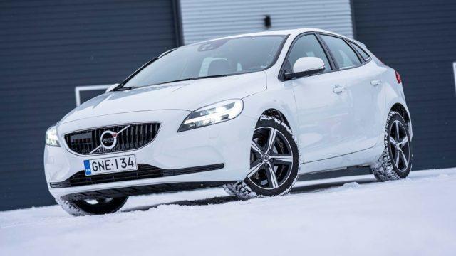 Koeajo: viimeisiä viedään – Volvo V40