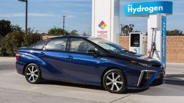 Toyota uskoo polttokennojen