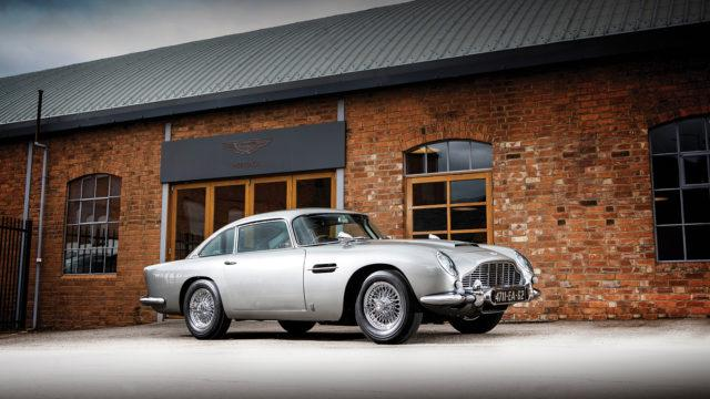 "Aston Martin DB5 ""Bond"" side - RM Sotheby's"