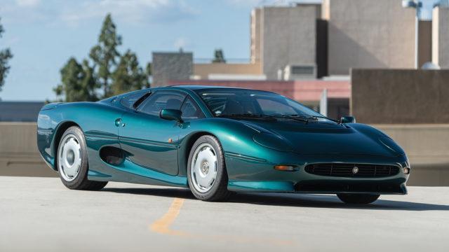Jaguar XJ220 front q - RM Sotheby's