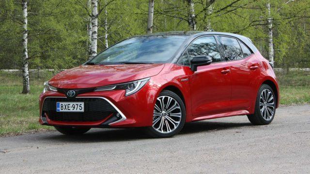 Koeajo: sähköä sinkuille – Toyota Corolla Hatchback