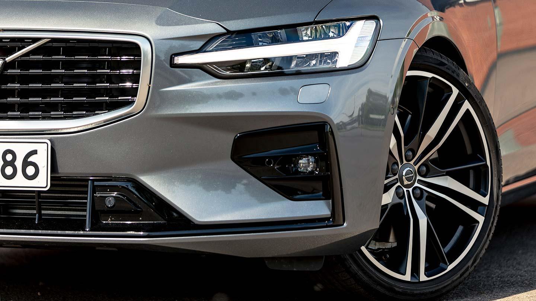 Volvo S60 T5 >> Koeajo Perastaan Persoonallinen Volvo S60 T5