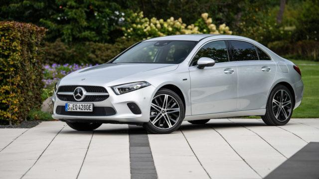 Koeajo: Pikaladattava kaupunkilainen – Mercedes-Benz A 250 e sedan