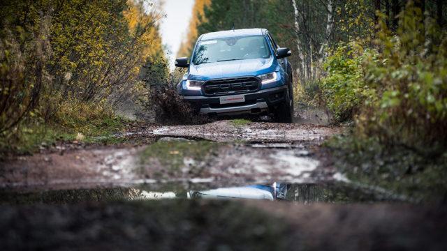 Koeajo: Ford Ranger Raptor kääntää surkeat tiet iloksi