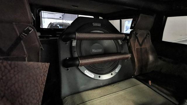 Tori.fi - Hummer H1 subwoofer