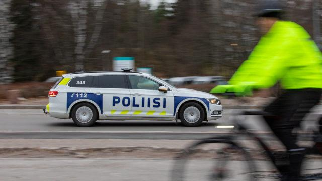 Poliisi_Talvipyöräily_2019_AH