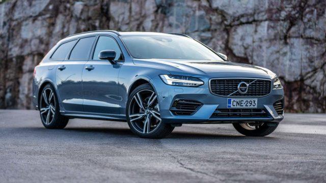 Koeajo: Lataamalla pidemmälle – Volvo V90 T8