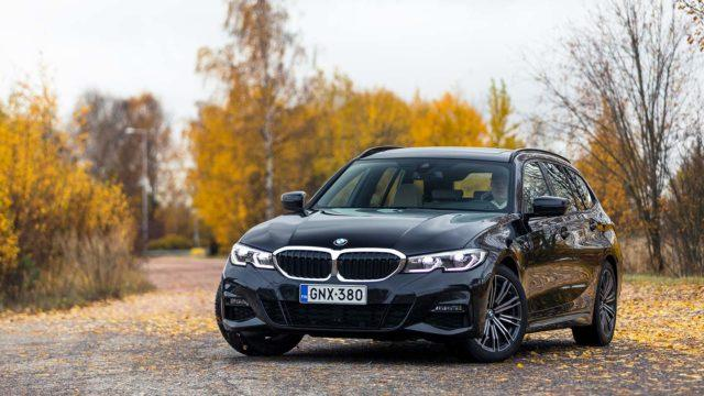 Koeajo: Kovaa elämäntapaa – BMW 320d xDrive Touring Business M Sport