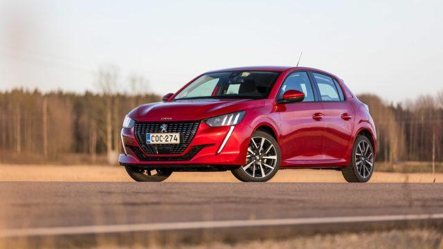 Koeajo: Peugeot 208 Allure Puretech 100 on iloisesti erilainen