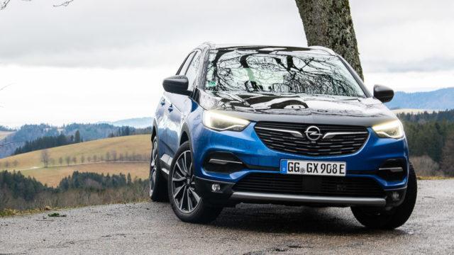 Maistiainen: Opel Grandland X PHEV AWD – pirteä nelivetohybridi
