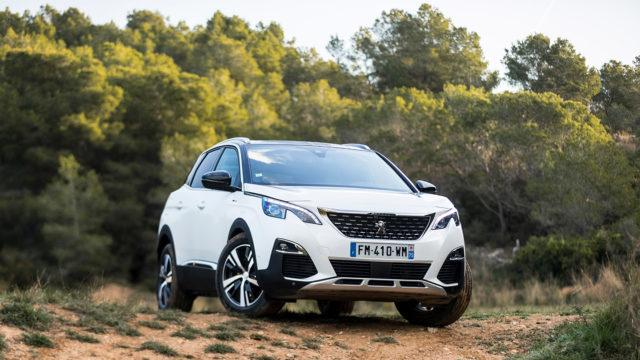 Maistiainen: Peugeot 3008 Hybrid4 on tavallaan ekoauto, ja silti se on valmistajansa historian tehokkain